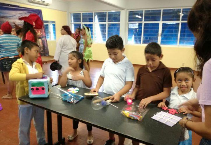 Las obras de los menores participaron en un concurso. (Luis Soto/SIPSE)