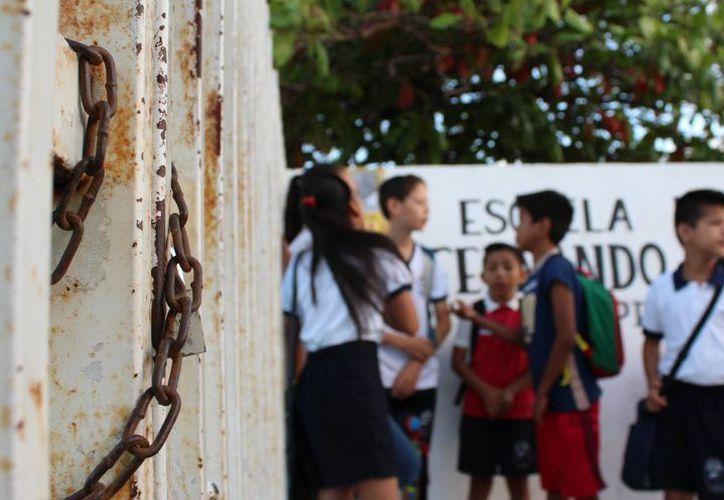 El presidente de la comisión hizo un llamado para vigilar a maestros que cometen actos inmorales. (Claudia Martin/ SIPSE)