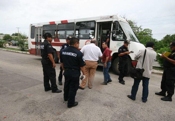 El caso más reciente de un camionero que sufrió un infarto al volante ocurrió el pasado 2 de junio, en la ruta a Xmatkuil. (Jorge Sosa/SIPSE)