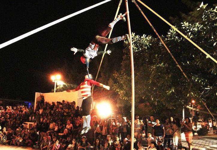 El circo Imagine cumplió este mes dos años de brindar funciones gratuitas en Puerto Morelos. (Alejandra Flores/SIPSE)