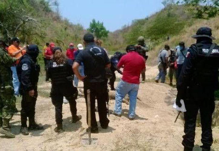 Los tres cuerpos hallados este viernes PIE estaban en una barranca conocida como Costa Real. (Milenio)