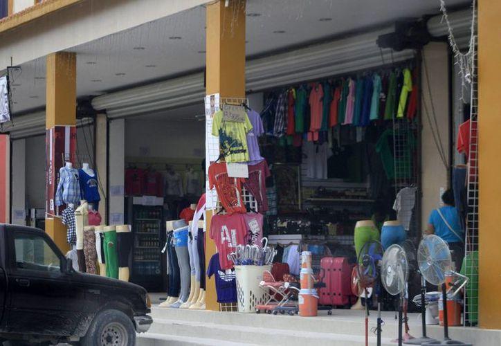 La Zona Libre de Corozal Belice alberga a 296 empresas, algunas con planes de crecimiento. (Harold Alcocer/SIPSE)