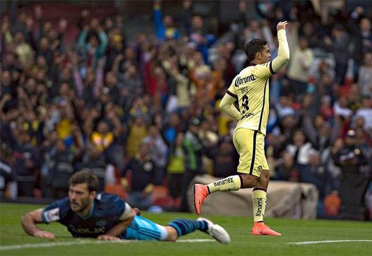Con un 3-1 (global 5-3) las Águilas del América se impusieron con autoridad en la cancha del Estadio Azteca ante el Seattle Sounders en la Liga de Campeones de la Concacaf. (Mexsport)
