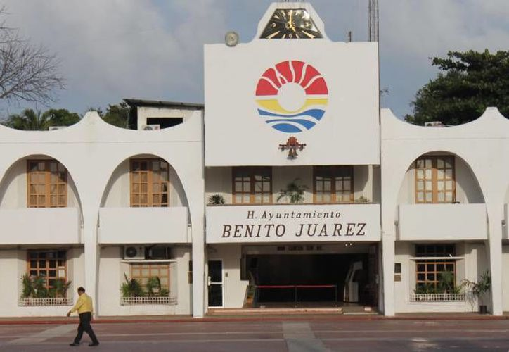 El Ayuntamiento de Benito Juárez en la Ley de Ingresos 2015 contempla recaudar dos mil 616 millones 902 mil 611 pesos en impuestos. (Redacción/SIPSE)