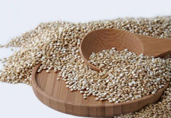 La Quinua repleta de todo tipo de nutrientes como magnesio, proteína, zinc. (nutricionsinmas.com)