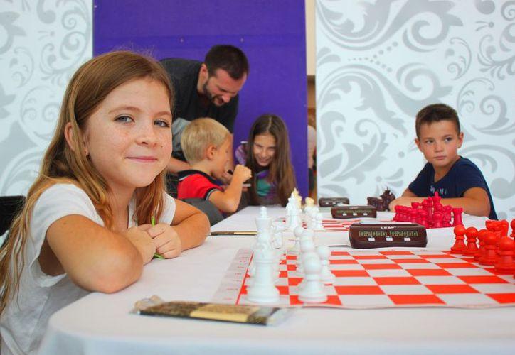 En el parque La Ceiba se ofrecerán clases gratis de ajedrez para niños, jóvenes y adultos. (Foto: Daniel Pacheco/SIPSE)