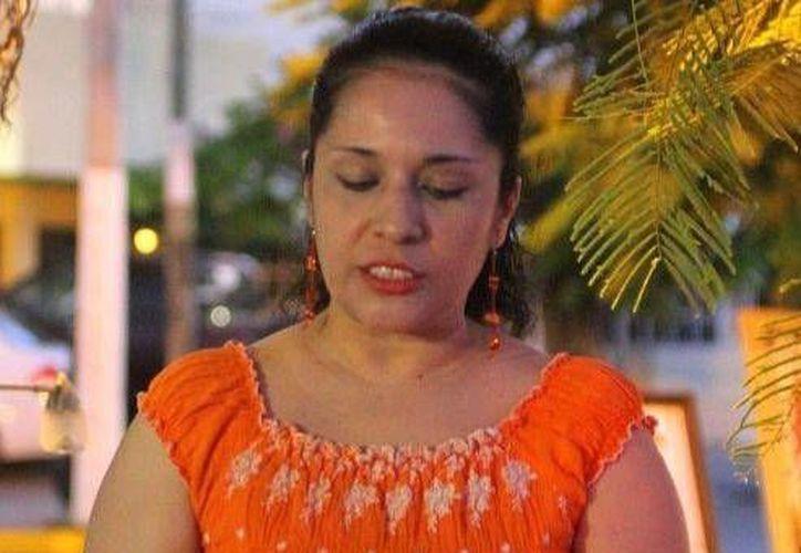 La presentación del libro es coordinado por Norma Espinosa Zurita. (Redacción/SIPSE)