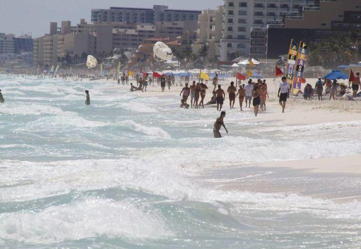 Cancún ofrece mejores paisajes y el mejor mar del país. (Sergio Orozco/SIPSE)