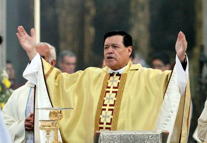 El cardenal Rivera Carrera llamó a orar por las vocaciones sacerdotales y la santidad de las mismas, para fortalecer a la Iglesia y la fe de los mexicanos. (Notimex)