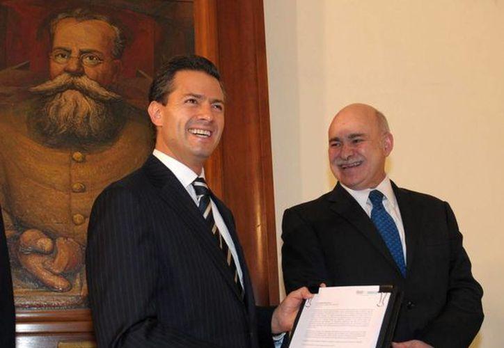 El presidente reconoció la labor del comité de evaluación para integrar la lista de aspirantes a comisionados. (presidencia.gob.mx)