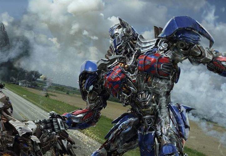 """La franquicia de Transformers venció a """"Captain America: The Winter Soldier"""" y su debut de 95 millones de dólares. (AP)"""