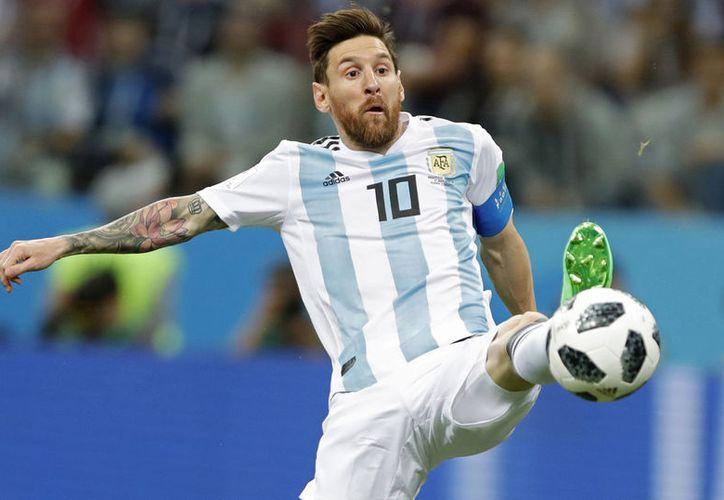 Lionel Messi, uno de los mejores futbolistas de los últimos 30 años, cumple hoy 31 años (Foto archivo AP)