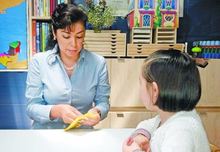 Para la formación desde el hogar se usan guías Montessori. (Milenio)