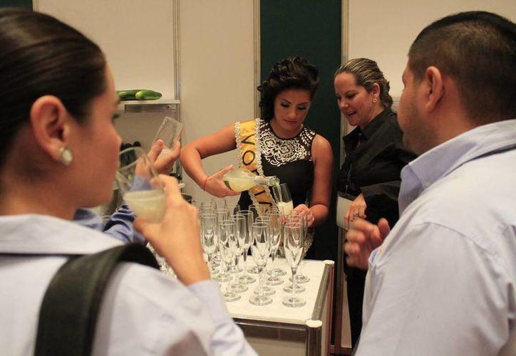 Las actividades se desarrollan en el hotel Iberostar de Cancún. (Sergio Orozco/SIPSE)