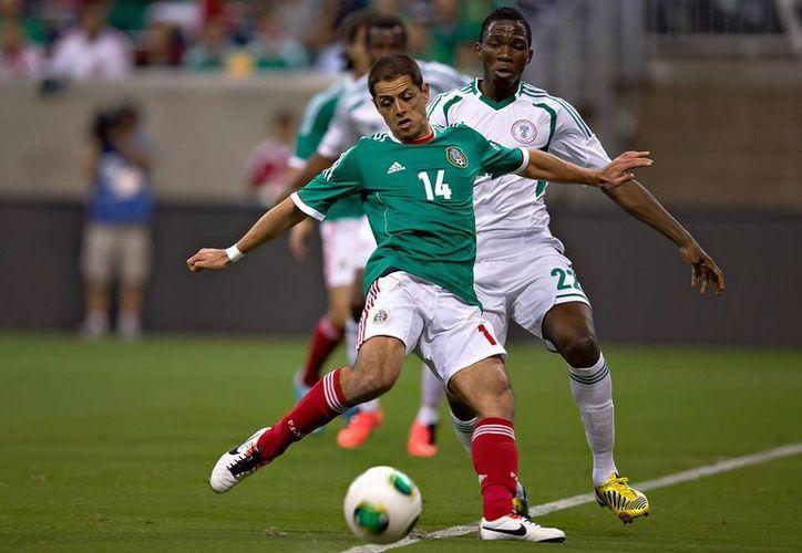Javier Hernández, quien juega poco con Real Madrid pero al mismo tiempo es uno de los goleadores históricos de la Selección Mexicana, es observador de cerca por Wolfsburgo. (miseleccion.mx)
