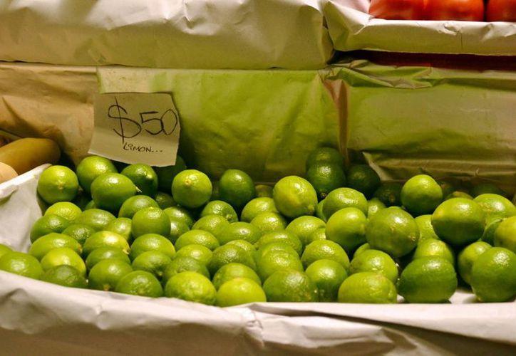 La carga de limones robada era transportada de Tabasco a Cuitlahuac, Veracruz, por la empresa Costa de Veracruz. (Notimex/Contexto)