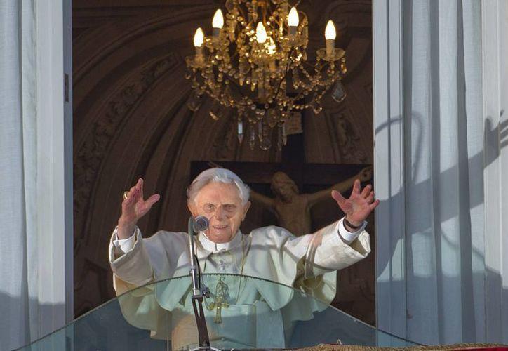 Benedicto XVI seguirá tuiteando, pero ya no dentro de las ocho cuentas que tenía como Papa. (Agencias)