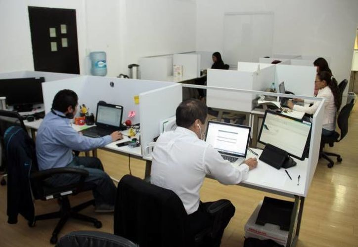 El intraemprendedor es reconocido como aquel trabajador que dentro de una empresa genera proyectos e ideas para el mejor funcionamiento de la misma. (Archivo/ SIPSE)
