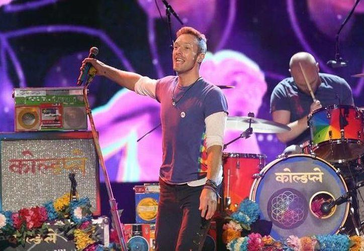La banda británica Coldplay presentó su segundo video de su más reciente producción discográfica 'A head full of dreams'. (AP)