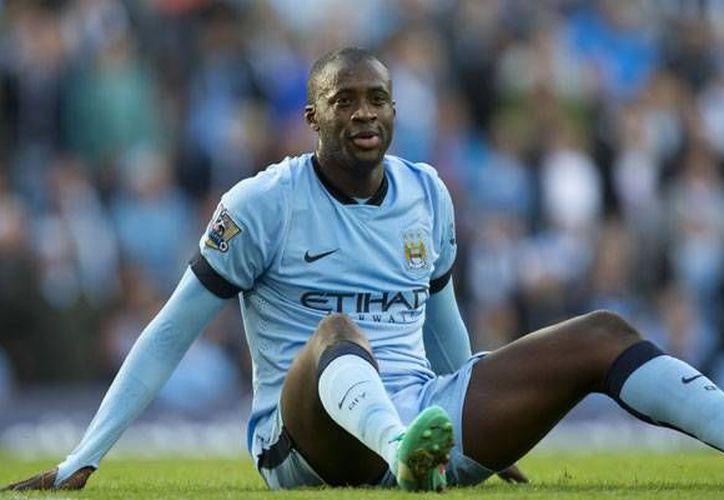 Yaya Touré, mediocampista musulmán del Manchester City, no podrá conducir auto durante 18 meses. (tiempo.hn)