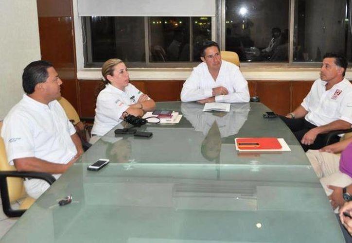 Durante la reunión se destacó el trabajo conjunto entre Grupo Xcaret y la Comuna. (Cortesía/SIPSE)