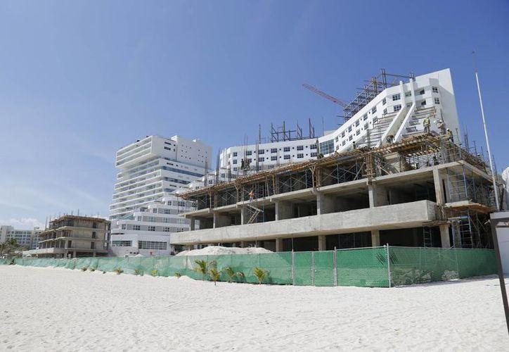 La renovación sería para la construcción de nuevas villas, dos restaurantes y un salón para promoverlo a grupos de reuniones. (Jesús Tijerina/SIPSE)