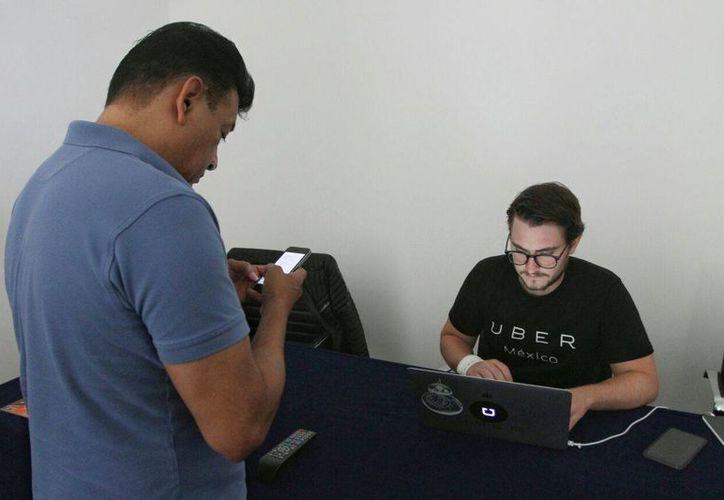 El sistema de taxis Uber ya comenzó su integración de socios en Mérida, Yucatán. (Milenio Novedades)