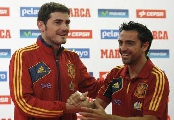 Casillas y Xavi Hernández obtuvieron el galardón el año pasado. (Foto: Agencias)