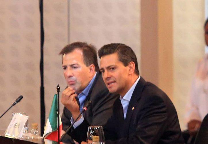 El Presidente viajó a Colombia a la Cumbre de la Alianza del Pacífico. (Notimex)