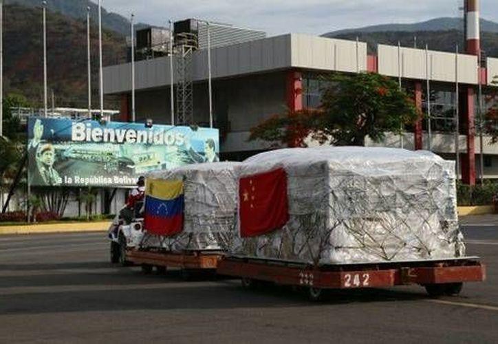 China, que mantiene estrechas relaciones con Venezuela, le entregó 96 toneladas de medicamentos para combatir el virus del zika. (Foto: La Radio del Sur)