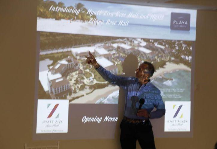 Se organizó una conferencia para socios y personal de la agencia. (Israel Leal/SIPSE)