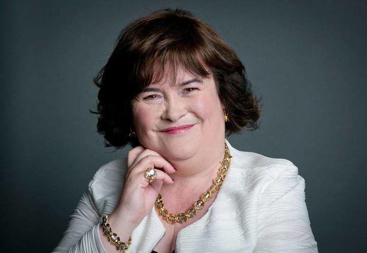 De acuerdo con la vocera de la cantante Susan Boyle, Nicola Phillips, la intérprete está 'feliz' por su noviazgo con un médico de Estados Unidos. La foto es de archivo .(AP)
