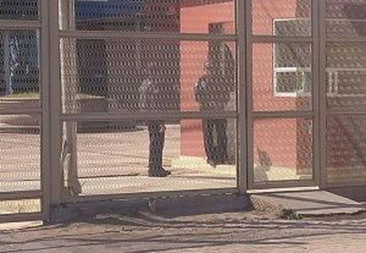 Los uniformados mencionan que los delincuentes los superan en número. (excelsior.com)