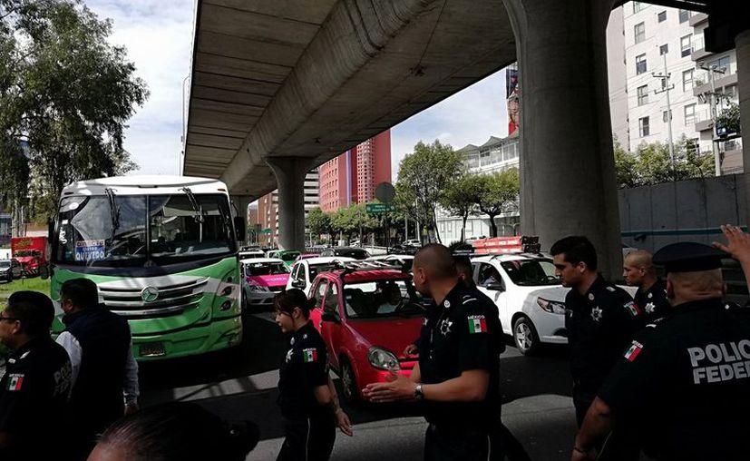 Policías Federales protestaron por haber sido cambiados a la Guardia Nacional. (Twitter/@mipan1974)
