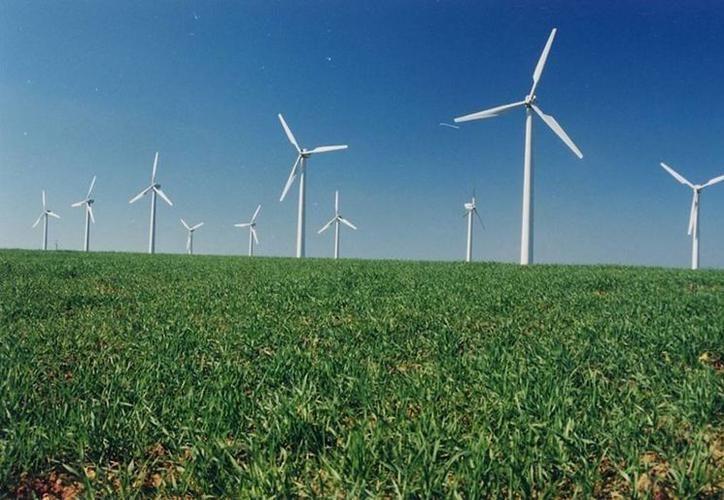 El parque eólico de Dzilam de Bravo empezará a hacer pruebas a finales de este año. (Milenio Novedades)