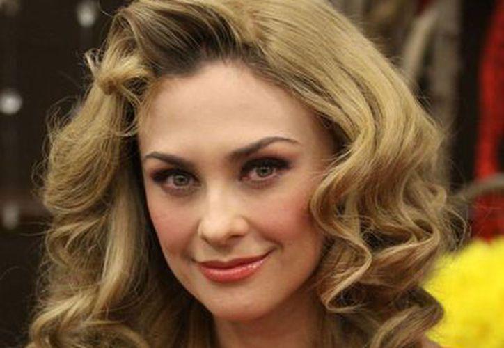 """La actriz dijo que se retira de la puesta en escena """"Perfume de Gardenias"""". (Notimex)"""