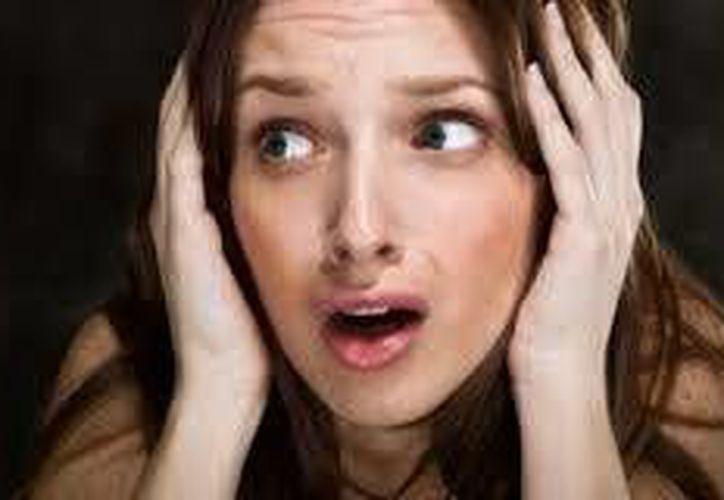 El miedo puede provocar todo tipo de reacciones, tales como parálisis o ataques de ansiedad. (Contexto/Internet)