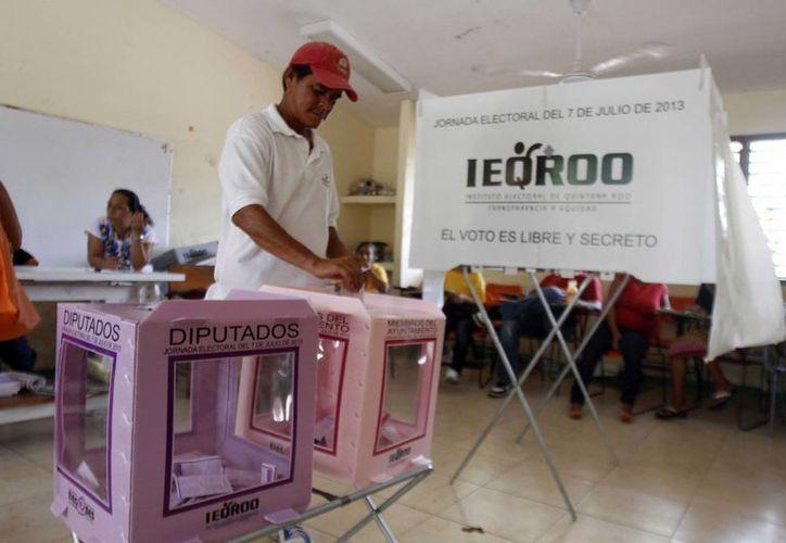 Las elecciones transcurrieron en completa calma. (Israel Leal/SIPSE)