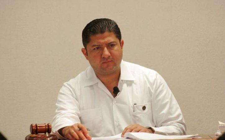 Víctor Vivas Vivas, pidió al pleno que sea nombrado un nuevo presidente. (Redacción/SIPSE)