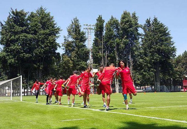 Tras complicar su pase a la liguilla, los Diablos Rojos preparan su partido de este martes cuando reciban a la Liga de Quito. (Facebook: Toluca)