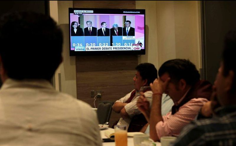 Los mexicanos estuvieron atentos del primer debate de los candidatos a la presidencia. (informador.mx)