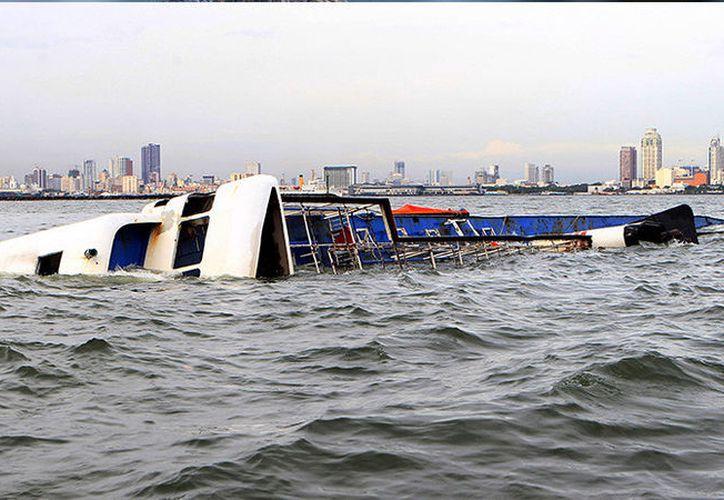 Una sobrecarga de los botes suele ser la causa probable de este tipo de accidentes en Filipina. (RT)