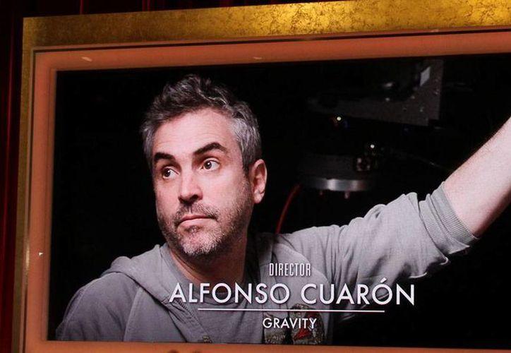Alfonso Cuarón y su película <i>Gravity</i> están nominados a 10 premios Oscar. El cineasta 'suma' también nominaciones en 11 categorías de los premios Bafta, y ganó como mejor director en los Globos de Oro, que son considerados la antesala de los Oscar. (NTX)