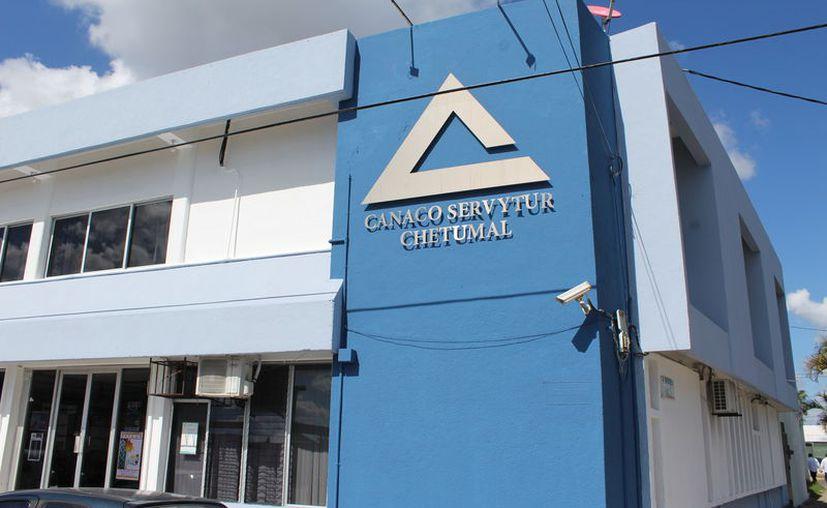 La Canaco-Sercytur Chetumal, expresó su desacuerdo a la medida de aumentar del 30% al 4% el impuesto al hospedaje. (Joel Zamora/SIPSE)