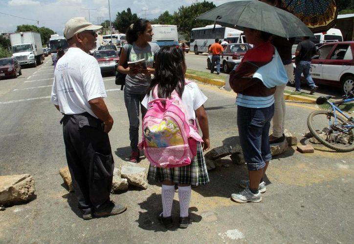 Los paros de maestros en Oaxaca han comenzado a tener repercusiones insospechadas. (Archivo/Notimex)