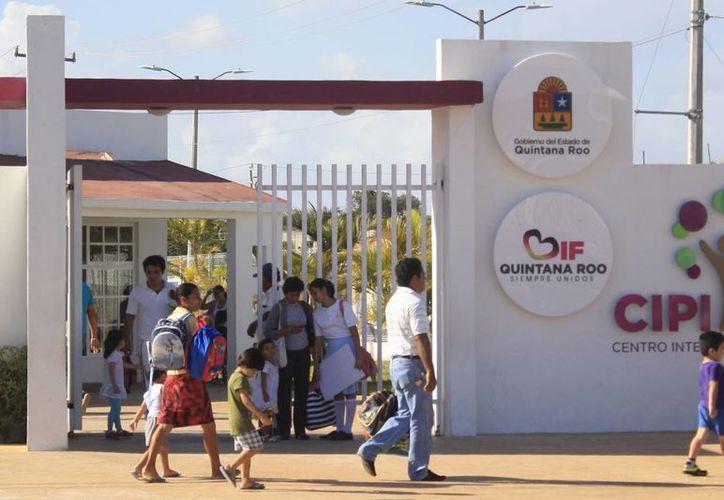 El nuevo edificio tendrá la capacidad para albergar a 400 menores de edad. (Harold Alcocer/SIPSE)