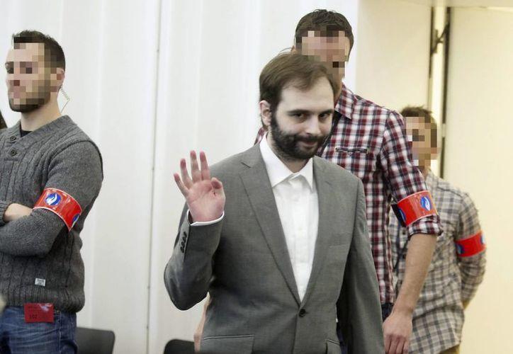 Kim De Gelder asiste a su juicio en el Palacio de Justicia de Gante, Bélgica. (EFE)