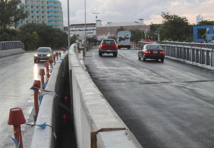 La detención se realizó a la altura del Puente  Calinda de la zona hotelera de Cancún. (Archivo/SIPSE)
