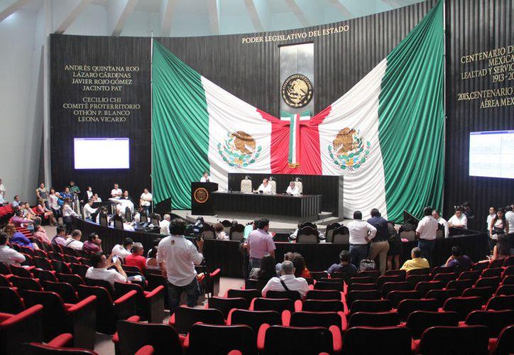 La determinación del Juzgado Sexto de Distrito con sede en Chetumal fue notificado, ayer, al Poder Legislativo. (Foto: David de la Fuente)