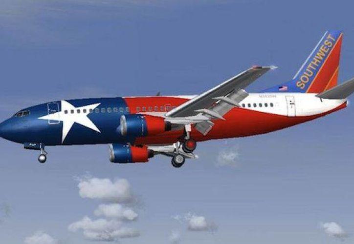 La aerolínea estadounidense comenzó este domingo sus operaciones hacia este polo turístico. (Redacción/SIPSE)